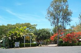 Mareeba Riverside Caravan Park - Accommodation Daintree