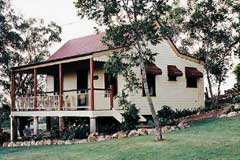 Mango Hill B and B - Accommodation Daintree