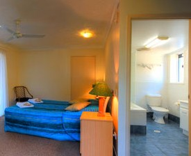 Blue Waters Motel - Accommodation Daintree