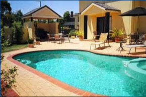 Hopkins House Motel  Apartments - Accommodation Daintree