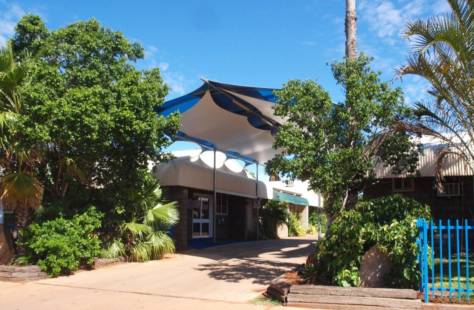 Bluestone Motor Inn - Accommodation Daintree
