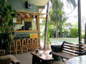 Backpackers By The Bay - Accommodation Daintree