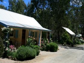 Riesling Trail Cottages - Accommodation Daintree