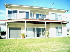 Swanport Views Holiday Home - Accommodation Daintree