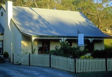 Country Pleasures Bed and Breakfast - Accommodation Daintree