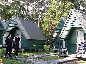 Strahan Backpackers YHA - Accommodation Daintree