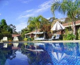 Kingswood Motel and Apartments - Accommodation Daintree