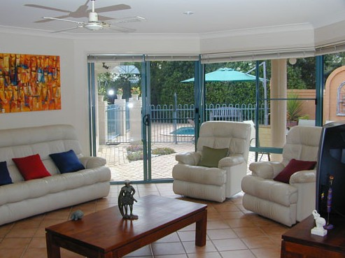 Golden Cane Bed and Breakfast - Accommodation Daintree