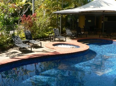 At The Mango Tree Holiday Apartments - Accommodation Daintree