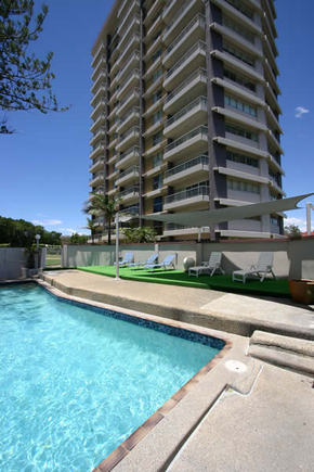 Narrowneck Court - Accommodation Daintree
