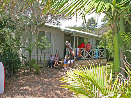 One Mile Beach Holiday Park - Accommodation Daintree