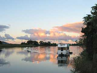Tweed River Houseboats - Accommodation Daintree