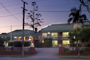 Aabon Holiday Apartments  Motel - Accommodation Daintree