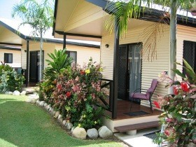 Hinchinbrook Resorts - Accommodation Daintree