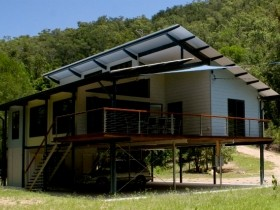 Creek Valley Rainforest Retreat
