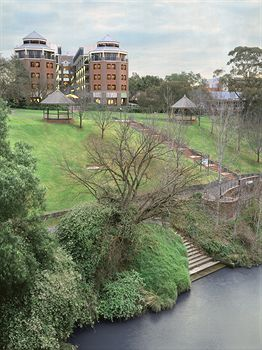 Amora Riverwalk Melbourne - Accommodation Daintree