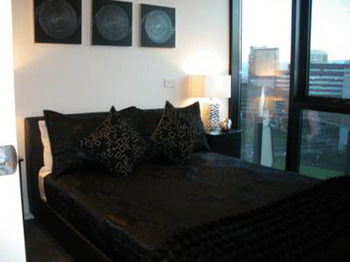 Docklands Executive Apartments - Accommodation Daintree