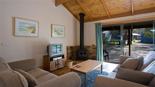 Surf Coast Cabins in Aireys Inlet - Accommodation Daintree