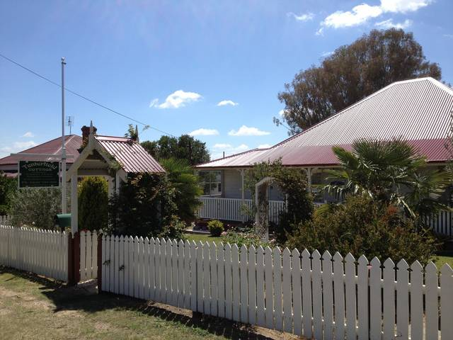Tenterfield Luxury Historic c1895 Cottage - Accommodation Daintree