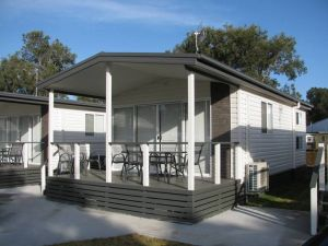 Lakeview Tourist Park - Accommodation Daintree
