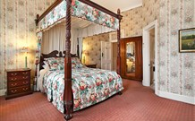 The Old George and Dragon Guesthouse - - Accommodation Daintree