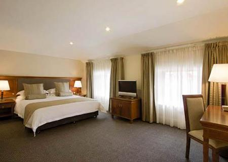 Clarion Hotel City Park Grand - Accommodation Daintree