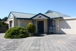 Robe Dolphin Court Apartments - Accommodation Daintree
