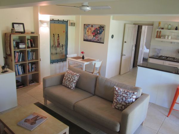 Bangalow Studio Apartment - Accommodation Daintree