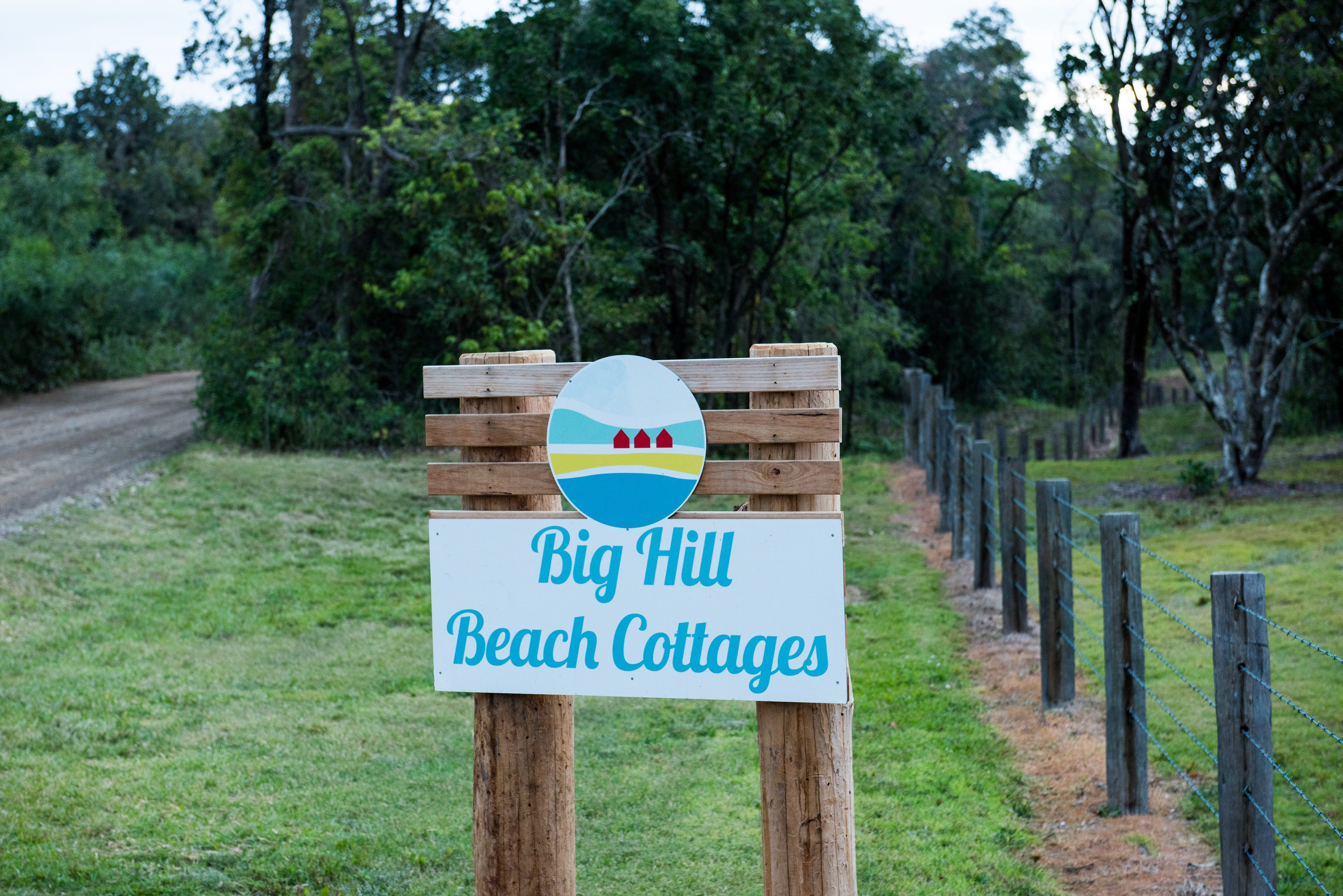 Big Hill Beach Cottages - Accommodation Daintree