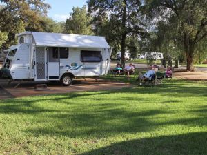 Cobar Caravan Park - Accommodation Daintree