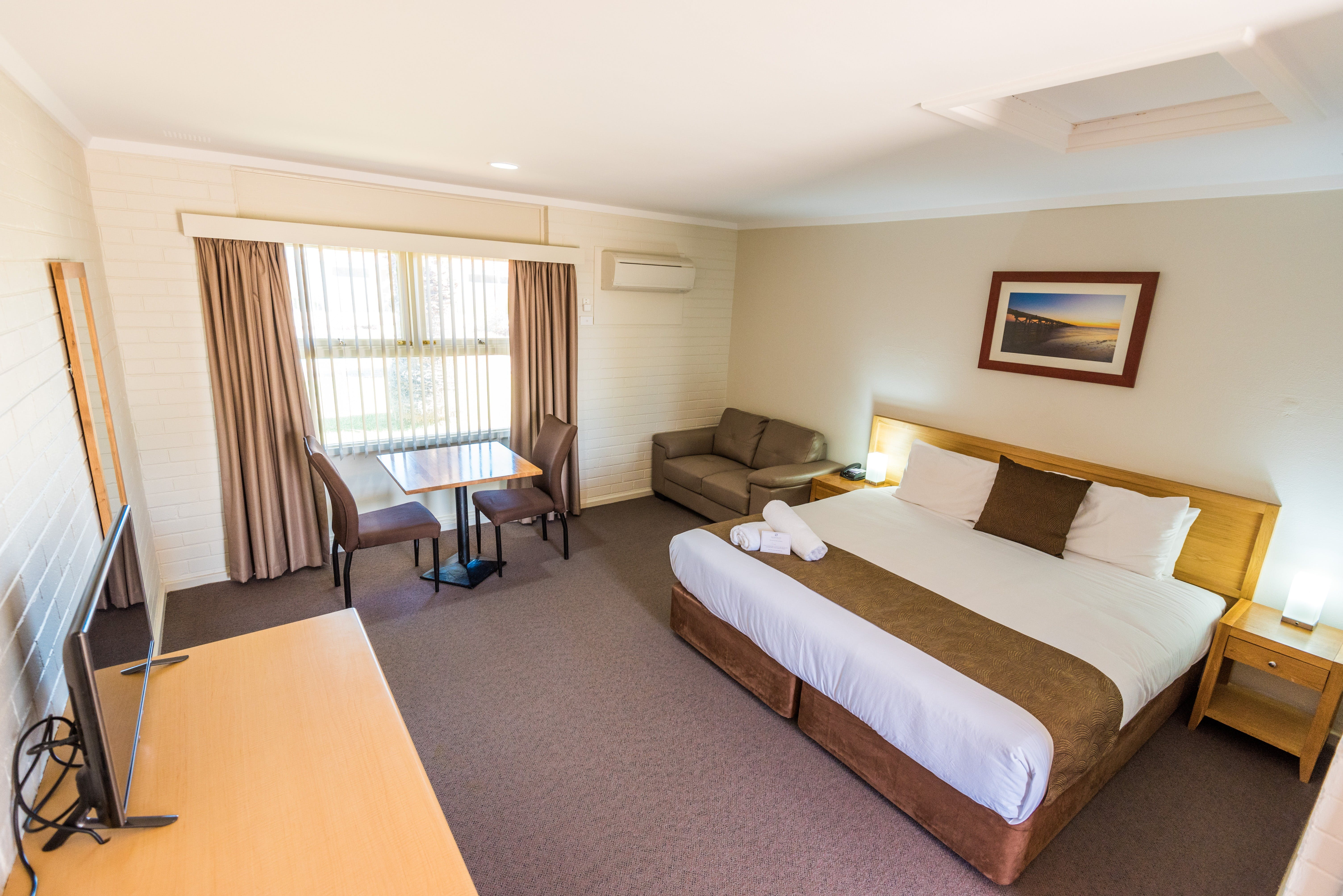 Hospitality Carnarvon SureStay Collection by Best Western - Accommodation Daintree