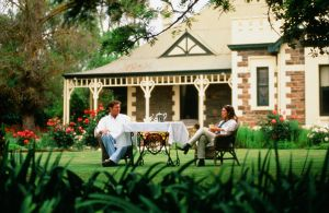 The Lodge Country House - Accommodation Daintree
