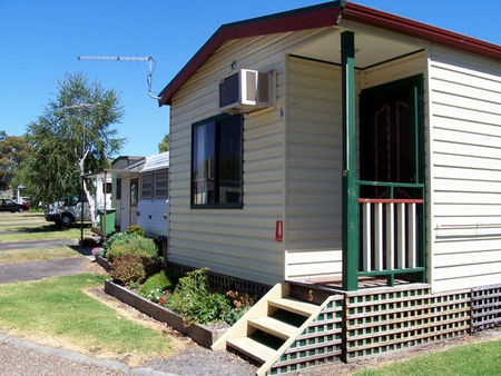 Leongatha Apex Caravan Park - Accommodation Daintree