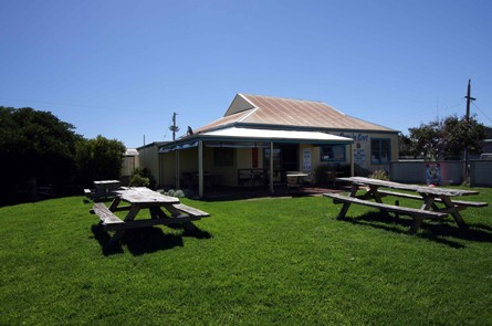 Apostles Camping Park and Cabins - Accommodation Daintree