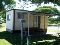 Hawks Nest Holiday Park - Accommodation Daintree