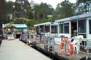 Clyde River Houseboats - Accommodation Daintree