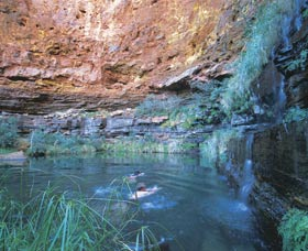 Dales Gorge and Circular Pool - Accommodation Daintree