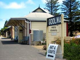 Goolwa Community Arts And Crafts Shop - Accommodation Daintree