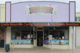 Cradle Mountain Candy Company and Honey Boutique - Accommodation Daintree