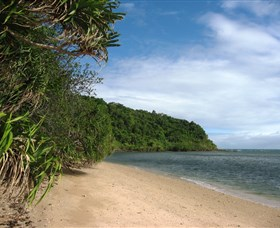 Snapper Island Hope Islands National Park - Accommodation Daintree