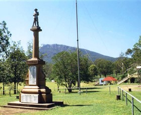 Maroon State School War Memorial - Accommodation Daintree