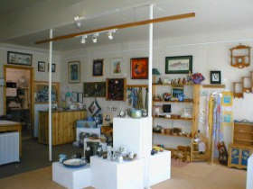 Great Alpine Gallery - Accommodation Daintree