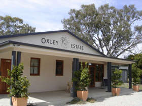 Ciavarella Oxley Estate Winery - Accommodation Daintree