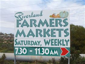 Riverland Farmers Market - Accommodation Daintree