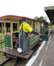 Alexandra Timber Tramway - Accommodation Daintree