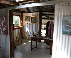 Tin Shed Gallery - Accommodation Daintree