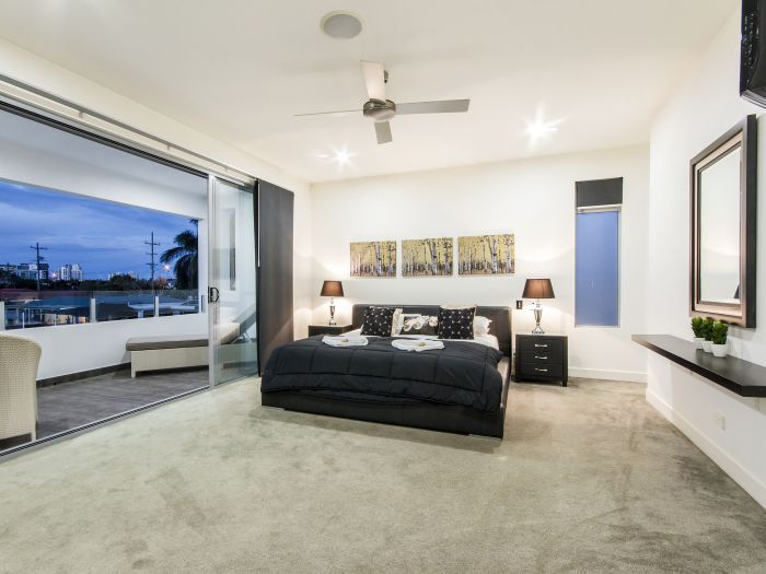 The Grand Broadbeach - Vogue Holiday Homes - Accommodation Daintree