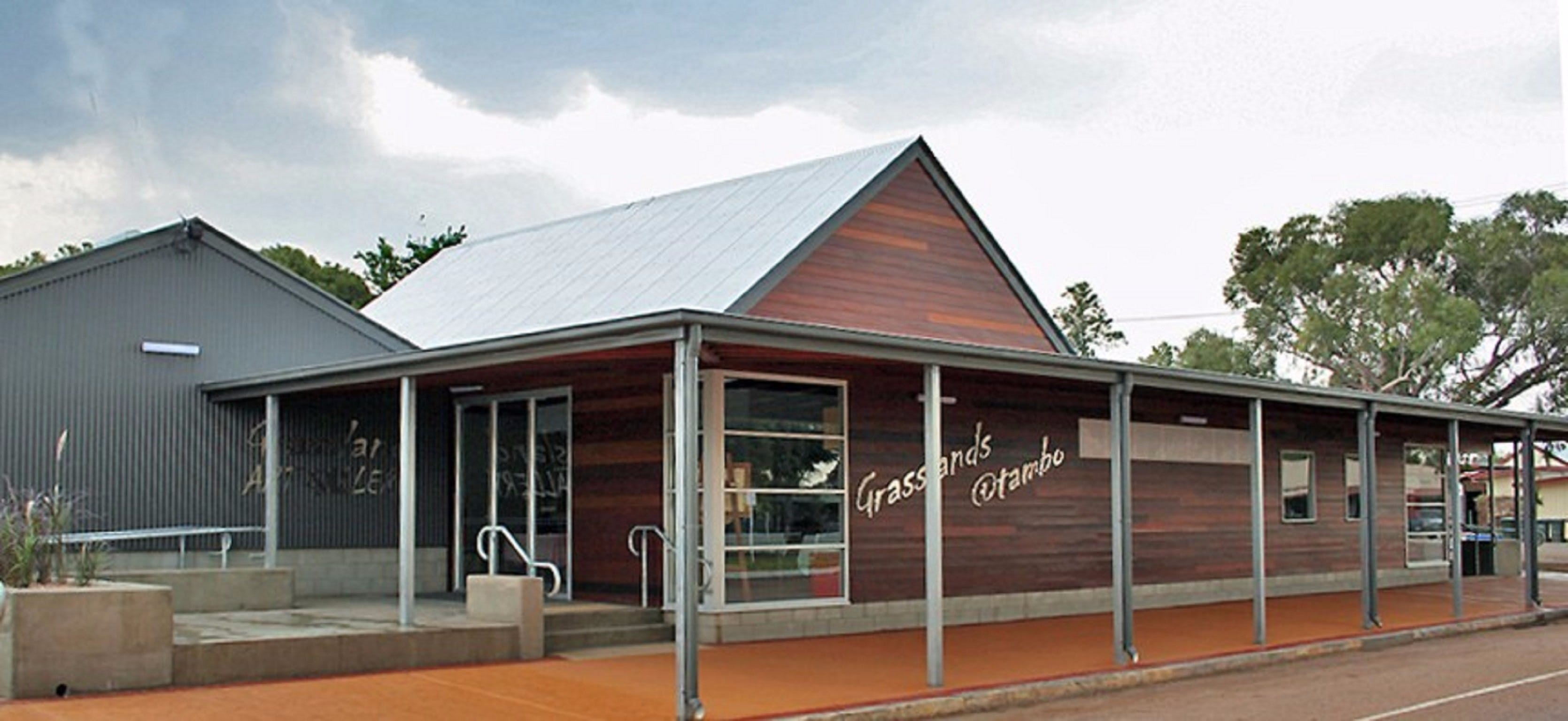 Grassland Art Gallery - Accommodation Daintree