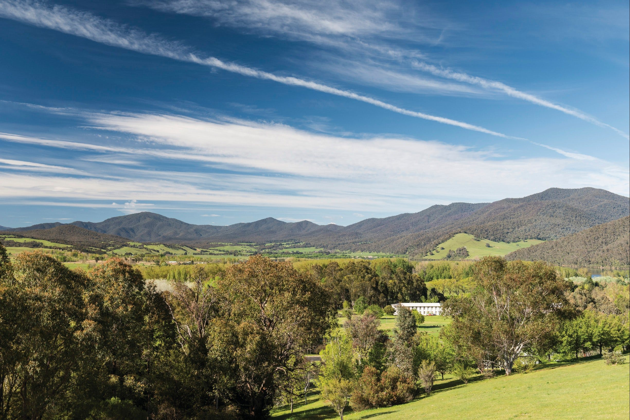 Corryong - Accommodation Daintree