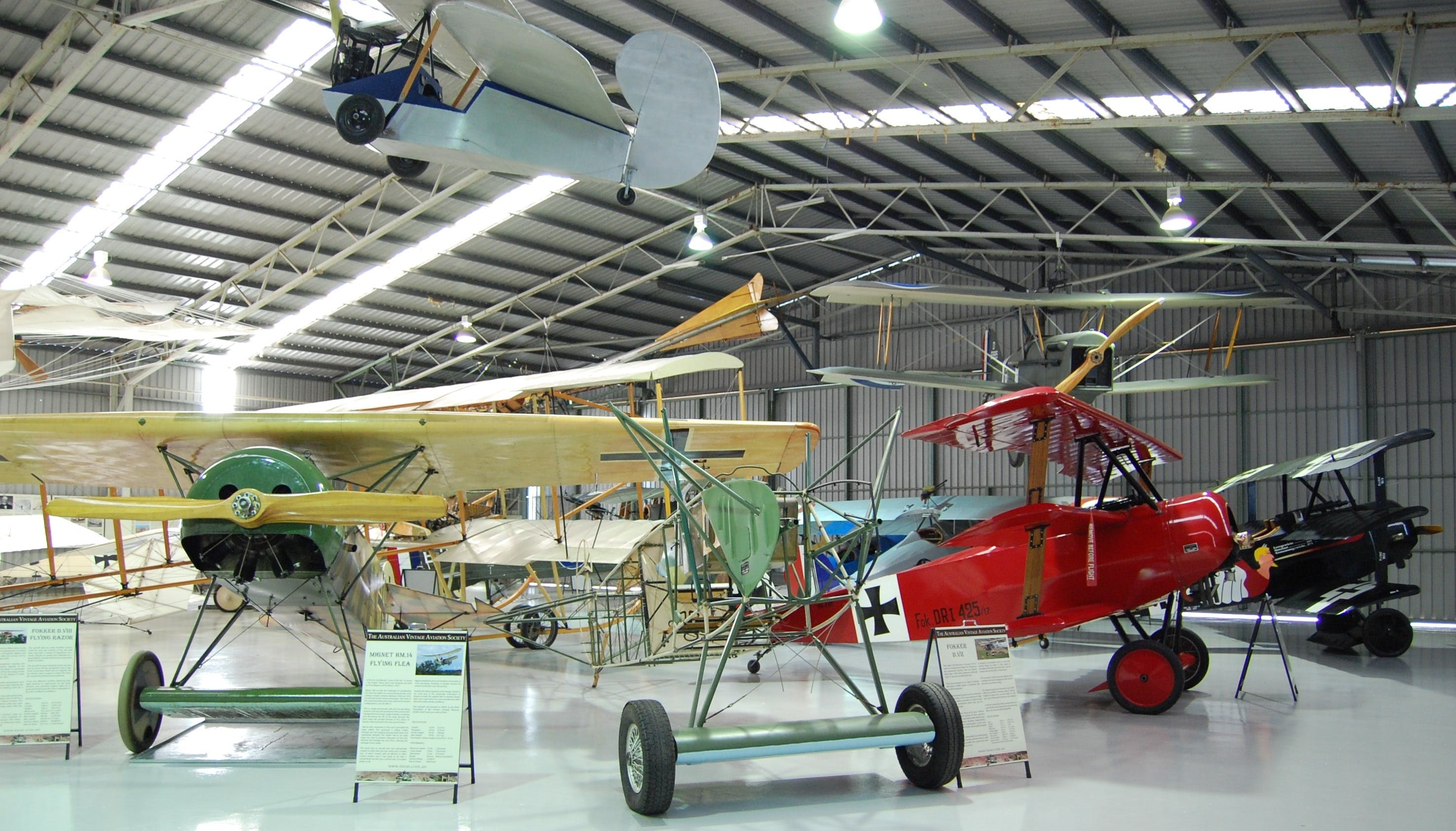 The Australian Vintage Aviation Society Museum - Accommodation Daintree